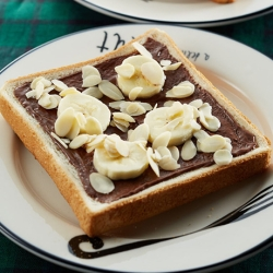 チョコナッツバナナトースト