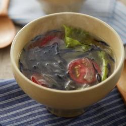 ひじきとレタスのスープ