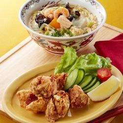 創味シャンタンDELUXEで鶏から揚げ五目あんかけラーメン定食