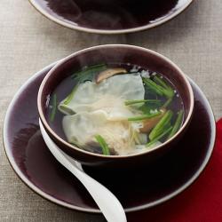 えびワンタンのほうれん草スープ