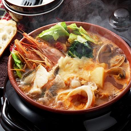 ブイヤベース風海鮮トマト鍋