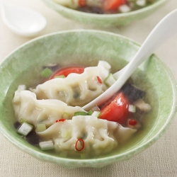 丸鶏スープ餃子(夏のピリ辛さっぱり風)
