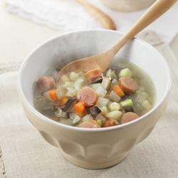 野菜たっぷりウインナースープ