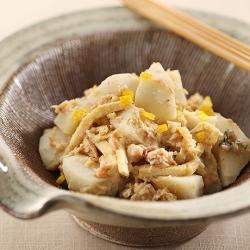 里芋と鮭の味噌和え