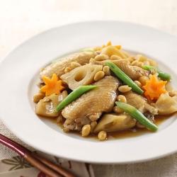 れんこんと鶏手羽先の煮物