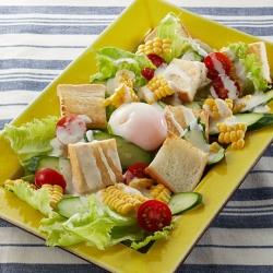 夏野菜のトーストサラダ