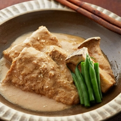 鯖とエリンギのごま味噌煮