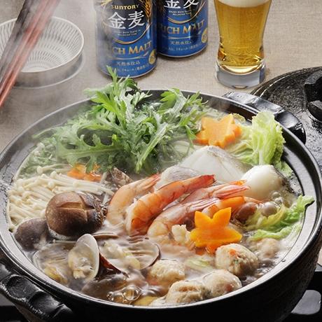 鶏肉団子入り海鮮鍋