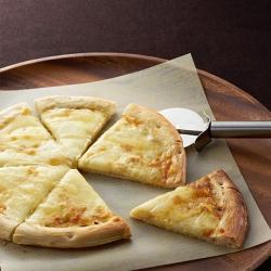 クワトロチーズハニーピザ
