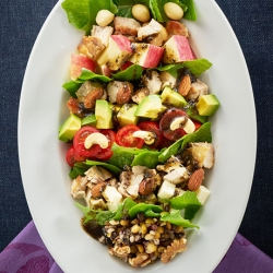 ロメインレタスと鶏肉のパワーサラダ