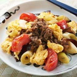 トマトと卵と牛肉の炒め物