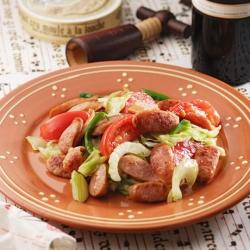 ソーセージと野菜の炒めサラダ