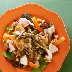 りんごと舞茸と豆のパワーサラダ