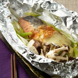 鮭の味噌チーズホイル焼き