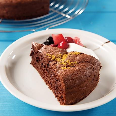 チョコレートケーキ カレー風味