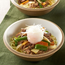 HONEY プルコギ混ぜ麺