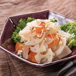 大根とれんこんのシャキシャキ生姜サラダ