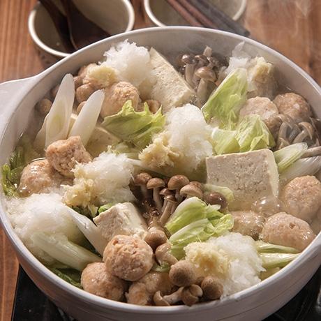 生姜香る肉団子の塩みぞれ鍋