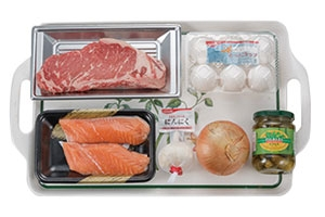 牛肉とサーモンのステーキミックスdish