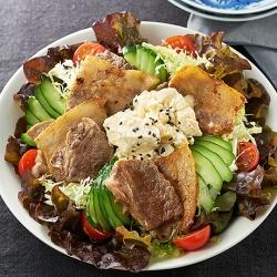 焼肉と豆腐のねぎ塩サラダ