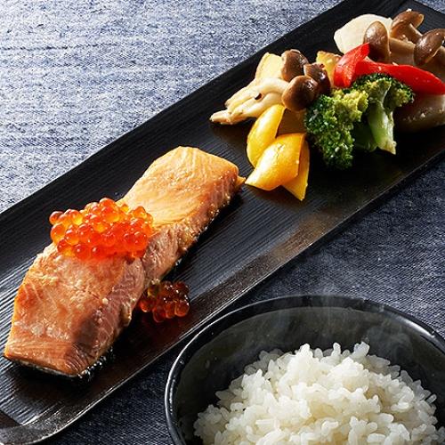 鮭と秋野菜の塩麹焼き