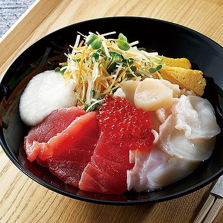 北海道たっぷり海鮮丼
