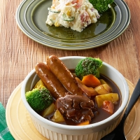 ポテサラと食べるビーフシチュー