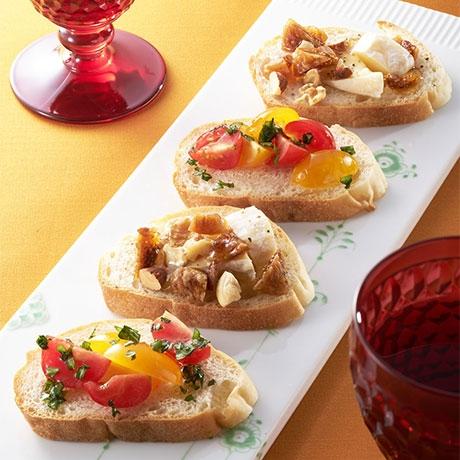 チーズとトマトのタルティーヌ