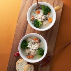 鶏つみれの豆乳スープ