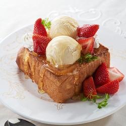 いちごのアイスhoneyトースト