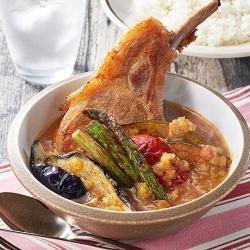 骨付き肉の焼きカレースープ