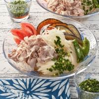 にらつゆで食べる豚しゃぶスタミナ麺