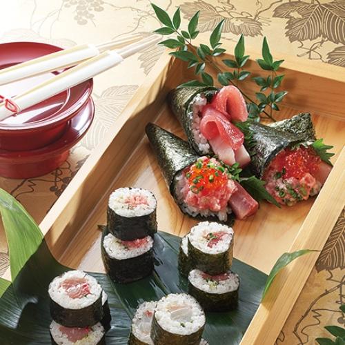 旬の紅白手巻き巻き寿司