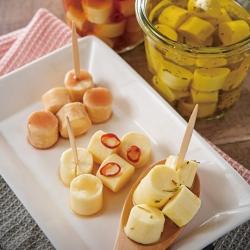 簡単作り置きの漬けチーズ