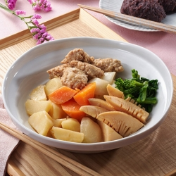 手作り鶏つくねと春野菜の煮物