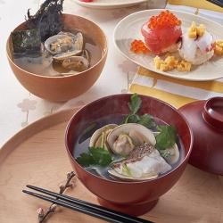 鯛だしのはまぐり潮汁&あさりとのりの味噌汁