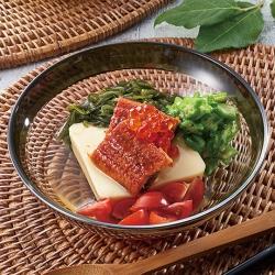 混ぜて食べる玉子豆腐の冷やし茶碗蒸し風