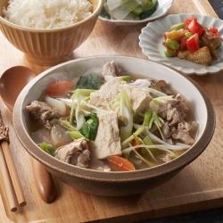 炒め豆腐と野菜のおかず味噌汁